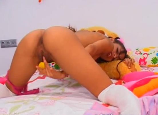 Petite Latina Teen Rubs Her Cunt Til She Cums