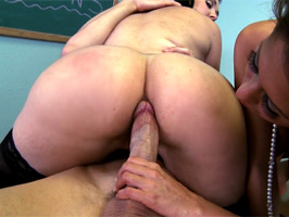 Big-dick patient is treated by his nymphomania doctors