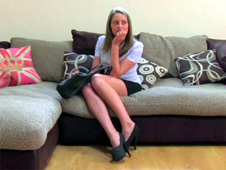 Fake Agent UK - Scarlett is a little nervous