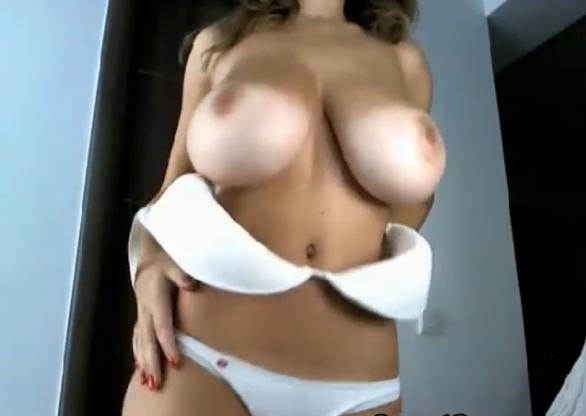Huge Natural 38DD Tits Latina Babe
