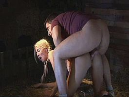 Amateur teen girlfriend sucks and fucks in a barn with cum on pussy