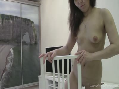 Middle aged chick still enjoys the hardcore masturbation