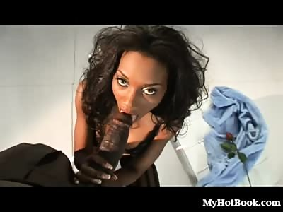 Nyomi Banxxx is looking her most glamorous and we cant wait to get it.