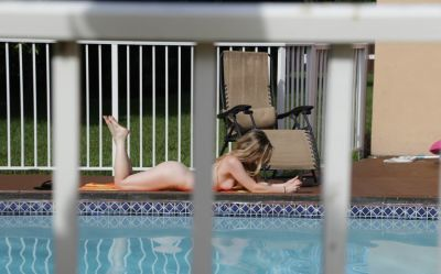Fucking nude tanning neighbor on video