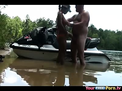 Amateur Couple just Tested Their new Jet Ski