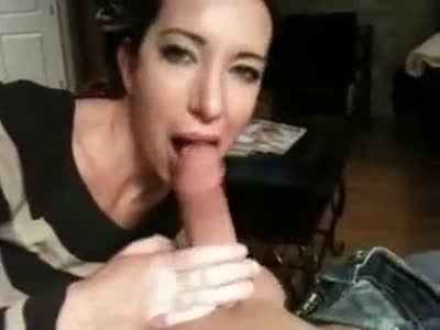 Nice blowjob from friends wife