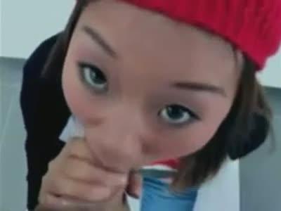 Asian cutie sucking BIG cock !