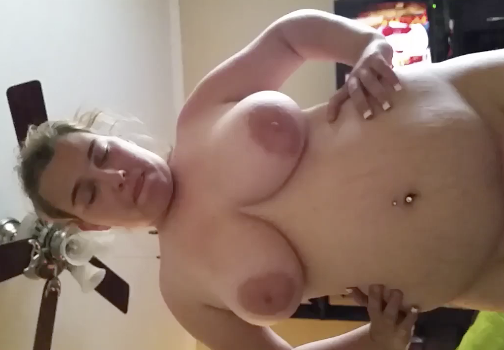 Great sex with BBW girlfriend
