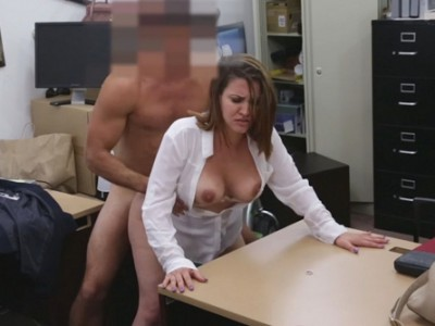 Big breasts woman nailed by pawn keeper at the pawnshop