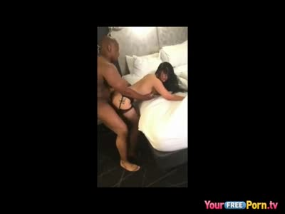 Cheating Milf Gets BBC Fuck for Present
