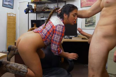 Hot Cowgirl Babe gets fuck in doggystyle for money