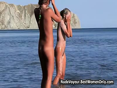 Perfect Teens Likes Body Paint In Nude Beach Voyeur - Real Girlfriend Porn